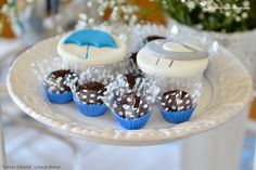 The cupcakes for this bird themed baptism party