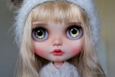 Little Lotta is looking for new home.  She is original Blythe Winterish Allure (RBL+) bought new for customization with beautiful long blond hair. Her