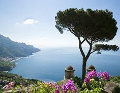 Find all the picture-perfect spots of the Amalfi Coast in Italy.