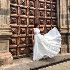 Wonderful wedding dress - glorious chiffon skirt and bodice with 3D floral applique, handmade bridal gown, exclusive made in Latvia // www.julijawedding.com // #свадебныеплатьяопт #weddingworld #weddingday #weddingtime #пляжноесвадебноеплатье #wedding #bridalgown #bridalgown #dubaifashion #dubai #dubaibridal #beachweddingdress #torontowedding #dubaiwedding #abudahbi #bridalgown #londonfashion #julijabridalfashion #weddingtrunkshow #bride #bridal #bridetobe #julijabridalfashion…