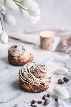 This Easter Bread Kulich-Cruffin is a modern take on traditional Orthodox Easter Bread. Flaky dough of croissant meets moist muffin meets flavorful Kulich! This Easter Bread will surely impress!