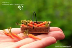 Carrots 1/12 scale miniatures by HummingbirdMiniatures via Etsy.