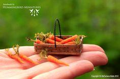 Carrots 1/12 scale dollhouse miniatures by HummingbirdMiniature