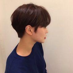 Short Hair Cuts For Round Faces, Short Hair Cuts For Women, Short Hairstyles For Women, Straight Hairstyles, Cool Hairstyles, Asian Short Hair, Short Straight Hair, Girl Short Hair, Lesbian Hair