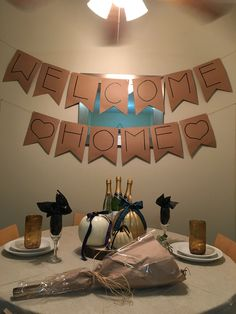 Best birthday gifts for husband diy care packages ideas Welcome Back Banner, Welcome Back Party, Welcome Back Home, Welcome Home Banners, Welcome Home Signs, Welcome Home Parties, Welcome Home Boyfriend, Military Welcome Home, Birthday Gifts For Husband