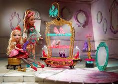 Ever After High The Glass Sliper Shoe Shop Playset