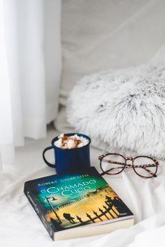 O Chamado do Cuco (Robert Galbraith – J. Good Books, My Books, Selfies, 12th Book, Foto Instagram, Girl Reading, School Notes, Inspirational Books, Tumblr Girls
