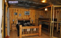 Jail Cabin Suite Sleeping In Comfort   Near Crater Of Diamonds State Park,  AR