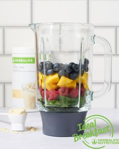 Goog morning starts there💚💚💚 Ideal breakfast with Herbalife Nutrition💚💚💚 Sport Nutrition, Nutrition Club, Nutrition Month, Herbalife Nutrition, Nutrition Plans, Body Challenge, Shake, Weight Gain Meals, Nutrition Activities
