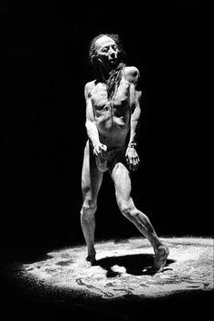 "Butoh performance with Atsushi Takenouchi ""SKIN"" Vangeline Theater/New York Butoh Institute Taboo Topics, Art Poses, Body Poses, Dance Company, Body Makeup, Film Awards, Environmental Art, World Music, Independent Films"