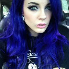 When you are planning to change your image, navy blue hair color doesn't come to mind as one of the Denim Blue Hair, Navy Blue Hair, Hair Color Blue, Purple Hair, Colored Hair, Violet Hair, Hair Colours, Black Hair, Pelo Color Azul