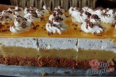 Slávnostní jablečné řezy | NejRecept.cz Just Desserts, Delicious Desserts, Dessert Recipes, Winter Torte, Resep Cake, Cake Bars, Apple Slices, Cheesecake, Food And Drink