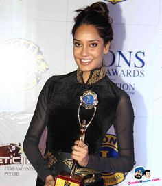 Lions Gold Awards 2015 -- Lisa Haydon Picture # 293121