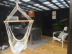 Uterom med pergola og kreative trebyggerier – Bergene Holm Blogg Outdoor Furniture, Outdoor Decor, Hanging Chair, Hammock, Home Decor, Creative, Decoration Home, Hanging Chair Stand, Room Decor