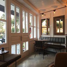 Grandpa Coffee&Eatery | Bebek/Istanbul designed by Zemberek Design #interiordesign #interior #cafedesign #coffee #bakery #bakerydesign #mirror #terrazzofloor #couch