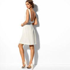open back dress  http://www.laredoute.gr/LA-REDOUTE-CREATION-Forema-me-anoixth-plath_p-180885.aspx?prId=324401330