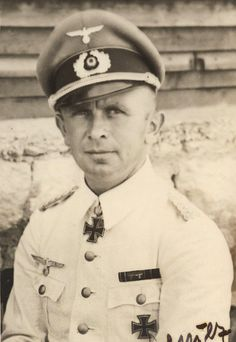 Generalmajor Adelbert SCHULZ (20 Dec1903 – 28 January 1944) wounded in action in the area of Shepetivka on 28 January 1944, and died the same day. Knight's Cross on 29 September 1940 as Hauptmann and chief of the 1./Panzer-Regiment 25; 47th Oak Leaves on 31 December 1941 as Hauptmann and commander of the I./Panzer-Regiment 25; 33rd Swords on 6 August 1943 as Oberstleutnant and commander of the Panzer-Regiment 25; 9th Diamonds on 14 December 1943 as Oberst and commander of the Panzer-Regiment…