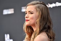 """Willa Fitzgerald was just a kindergartner when """"Scream"""" hit theaters in 1996. So…"""