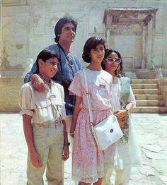 Ab Tak Bachchan | Amitabh-Jaya with children Shweta and Abhishek on | Celebrity Photos