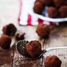 Romrussinbollar med choklad