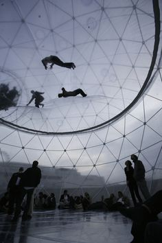 Tomas Saraceno, Cloud Cities, Berlin Hamburger Bahnhof, 2012
