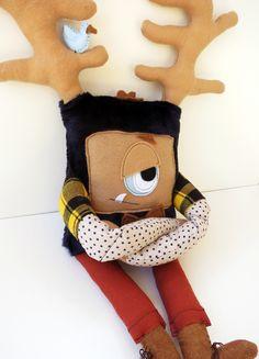 Dexter the Grumpster - Handsewn plush hipster monster   from Diane Koss for $65.00 Renegade Craft Fair, Monster Toys, Cute Monsters, Felt Dolls, Dexter, Craft Fairs, Plushies, Craft Beer, Tigger