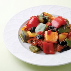 Free Weight Watchers Recipes, Weight Watchers Grilled Bell Pepper Salad Recipe Adapted For The Weight Watchers Diet Plan. Healthy Grilled Bell Pepper Salad Recipe And Only 3 WW Points Plus Per Serving. Healthy Side Dishes, Vegetable Side Dishes, Vegetable Recipes, Vegetarian Recipes, Healthy Recipes, Vegetarian Barbecue, Veggie Side, Healthy Meals, Healthy Cooking