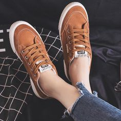 on sale 5496e 1b7f8 Women Casual Shoes Brown Sneakers for Female Lace Up Classic Design Black  Shoes for Students Ins Fashion Trends 2018 New 35-40