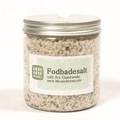 Loofah fotskrubb - Ren Lykke Mason Jars, Salt, Food, Essen, Mason Jar, Salts, Meals, Yemek, Eten