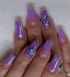 beste Ideen für Ihre Ombre-Nägel im Sommer - Nail Art Connect Nail Art Ideas to spice up your manicure - Esther Adeniyi There must be your favorite nail ideas in 140 classic nail designs. - Page 67 of 139 - Inspiration Diary Amazing nail arts Purple Nail Designs, Pretty Nail Designs, Acrylic Nail Designs, Purple Nails With Design, Nail Designs Bling, Coffin Nails Designs Summer, Colorful Nail Designs, Summer Acrylic Nails, Best Acrylic Nails