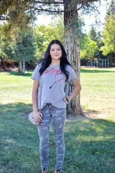 Lipstick tee and camo | Victoria Elise's Blog