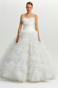 http://www.facebook.com/pages/%C5%9E%C3%BCkran-Fettaho%C4%9Flu-Wedding-Dress-Designer/530868103610388
