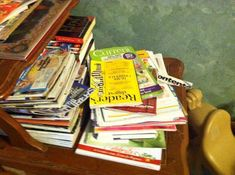 Today's 15 minute mission is to declutter magazines, plus I explore the topic of how many is too many.
