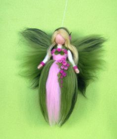 SPRING FAIRY Needle Felted Wool  Doll Angel Faeries por Holichsmir