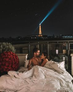 Shared by ℝ𝕠𝕔𝕜. Find images and videos about love, couple and goals on We Heart It - the app to get lost in what you love. Cute Couples Goals, Couples In Love, Romantic Couples, Couple Goals, Cutest Couples, Happy Couples, Relationship Goals Pictures, Cute Relationships, Couple Tumblr