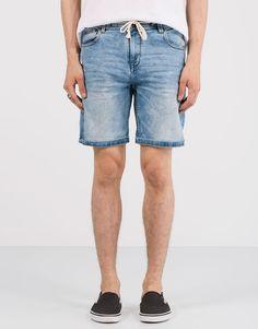Light random bermuda shorts with drawstring - Shorts - Clothing - Man - PULL&BEAR Mexico