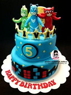 PJ Mask design fondant cake