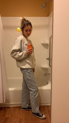 summer date outfits Skater Girl Outfits, Skater Girls, Mode Outfits, Fall Outfits, Fashion Outfits, Fashion Tips, Mode Ootd, Vetement Fashion, Look Girl