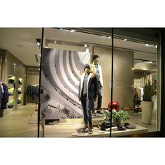 Vetrina allestimento Uomo #menswear #style #fashion #italy #brand #moda #christmas