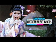 "Katy Perry Geisha ""Unconditionally"" Performance at American Music Awards 2013 - YouTube"