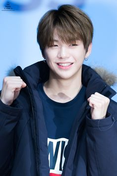 ~Wanna one~Kang Daniel~♥️ K Pop, Boyce Avenue, Daniel K, Prince Daniel, Kim Jaehwan, Fandom, Seong, 3 In One, Kpop Boy
