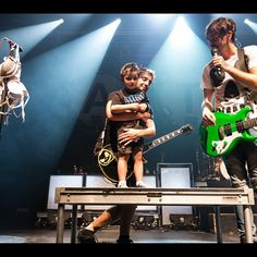 Little Noah was a brave man coming on stage in front of 4000 people. Photo by @Adam Elmakias Photo by jackalltimelow #ATL