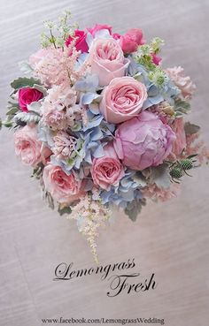 Just great! - Wedding - Just how to Obtain the Bride Bouquet Prom Bouquet, Bride Bouquets, Floral Bouquets, Bridal Flowers, Silk Flowers, Beautiful Flowers, Gorgeous Gorgeous, Beautiful Flower Arrangements, Floral Arrangements