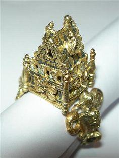 An antique gold Jewish wedding ring. Provenance: James Curle, Melrose, Scottish archaeologist.