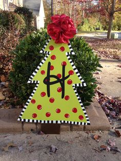 Hey, I found this really awesome Etsy listing at https://www.etsy.com/listing/168977319/christmas-tree-wooden-door-hanger
