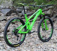 View Vital MTB member jetski77's mountain bike check 'Yeti SB 4.5c DVO XTR ENVE mean and green'.