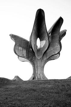 Jasenovać, Stone Flower by Bogdan Bogdanović