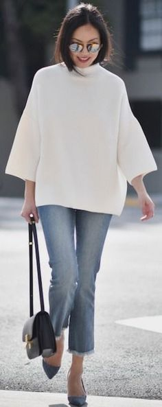 White Oversized Top On Denim | White and Blue Winter Streetstyle | 9to5Chic #white
