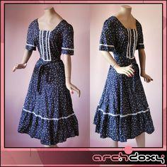 Vintage 1970s Disco Blue Ditsy Print Country Bohemian Cotton Daisy Dress #vintage #boho  http://www.ebay.co.uk/itm/Vintage-1970s-Disco-Blue-Ditsy-Print-Country-Bohemian-Cotton-Daisy-Dress-14-/282005050937