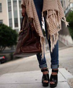 Blanket cardigans + skinny jeans.